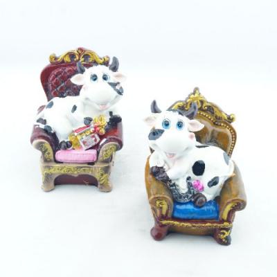 Сувенир-копилка БЫК KL-3154 в кресле керамика 9х14см